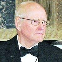 Ellsworth R. 'Bud' Quam